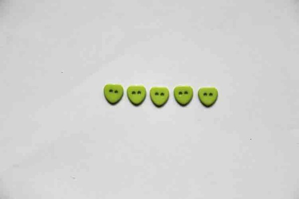 Buttons hearts green