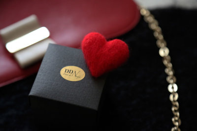 Red heart wool pin