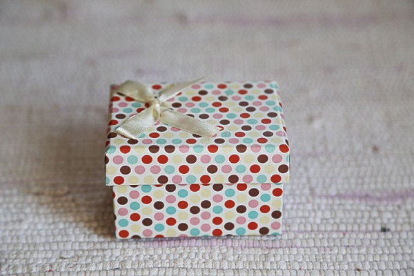 White with polka dot box