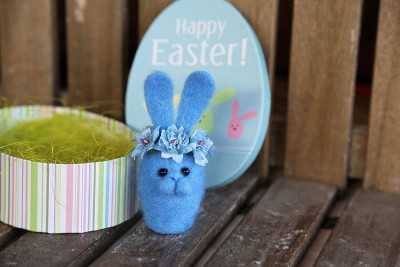 "Needle felted Easter bunny ""Spring sky"""