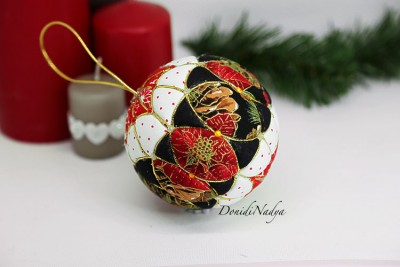 Kimekomi Christmas fabric ball