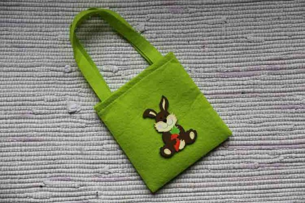 Green Easter gift bag