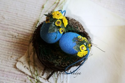Easter eggs hanging decor